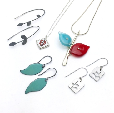 Independent jewelry artists Anne Holman and Jen Townsend founded The Smithery as a working metalsmith studio and artist-made shop.   Specializing in contemporary jewelry and modern craft, The Smithery provides a retail storefront showcasing a curated collection of fine handmade goods.